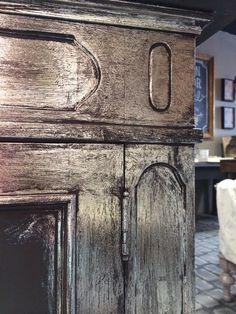 Maison Decor: Use Foil for an easy Silver Leaf finish!
