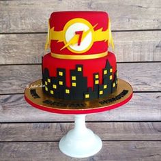 """""""The Flash"""" themed cake ⚡ the first of two #superhero cakes this"""
