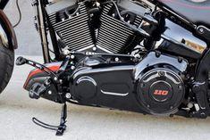 ▷ Harley Davidson CVO custom Softail Breakout by The Bike Exchange Custom Softail, Harley Davidson Cvo, Bike, Bicycle, Bicycles
