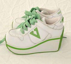 ec3d592ed47e Vintage 90 s volatile women s platform sneakers sz 8 white green - super  rare