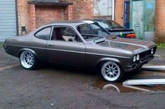Beautiful Vauxhall Firenza - slightly modified Classic Cars British, Old Classic Cars, Nascar, British Steel, Chevy Muscle Cars, Classic Motors, Car Ford, Japanese Cars, Modified Cars