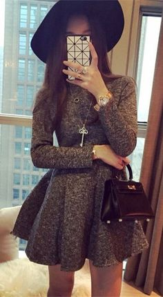 Round Collar Slimming Long Sleeve Dress