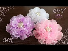 This video is about Earrings that are made out of nail polish!) Thanks ~ Music ~ Cylinder Six by Chris Zabriskie Archi in organza fai-da-te Air flowers from organza. Arco enorme com grânulos – Kanzashi DIY Vzduchové květiny z organzy. Organza Flowers, Kanzashi Flowers, Fabric Flowers, Paper Flowers, Ribbon Crafts, Flower Crafts, Handmade Flowers, Diy Flowers, Ribbon Flower Tutorial
