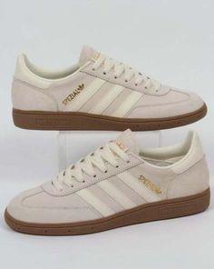 3d47bcefd16 Adidas Originals - Adidas Spezial Trainers in Cream White Gum - retro 80s