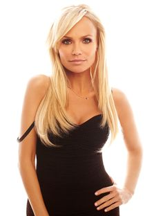 Kristen Chenoweth by Jeremy Cowart Hottest Female Celebrities, Celebs, Gorgeous Women, Beautiful People, Female Actresses, Classic Beauty, Hair Lengths, Jaipur, Girl Crushes