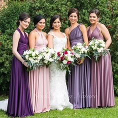 What a stunning bridal party with an amazing colour theme!  We are totally in  with your wedding @malteser86 #beautifulbride   #Bridesmaids and #Formals