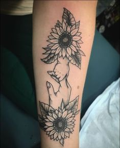 Motherhood Tattoos - 50 Magnificent Designs and Ideas For Mothers Mother And Baby Tattoo, Mother Tattoos, Parent Tattoos, Baby Tattoos, Tattoo For Son, Tattoos For Daughters, Lioness And Cub Tattoo, Motherhood Tattoos, Baby Tattoo Designs