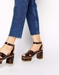 YES YES YES to the most babeing seventies platforms EVER!