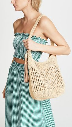 Crochet Handbags Kollette - Mar Y Sol Aspen Shoulder Bag - The world's largest fashion stores in one place! - Fabric: Straw Tassel accent Magnetic at top Shoulder straps Weight: / Imported, Madagascar Style Crochet Shell Stitch, Crochet Tote, Crochet Handbags, Crochet Purses, Love Crochet, Beautiful Crochet, Easy Crochet, Knit Crochet, Diy Bags Purses