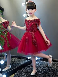 Off The Shoulder Short Sleeves Appliques Knee Length Flower Girl Party Dress - Cute Dresses Girls Dresses Online, Gowns For Girls, Frocks For Girls, Kids Frocks, Girls Party Dress, Birthday Dresses, Little Girl Dresses, Dress Online, Flower Girls