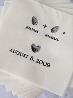 thumbprint heart napkins #wedding #favor