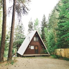 Simple cabin style. @stephenalkire 'A-Frame in the Neighborhood.' #northwestisbest