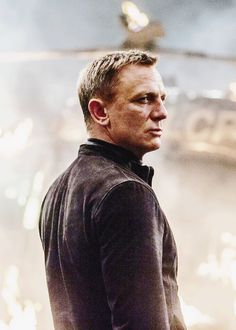"Daniel Craig as James Bond, in ""Spectre. James Bond 25, James Bond Style, James Bond Movies, Rachel Weisz, Craig Bond, Daniel Craig James Bond, Gentlemans Club, Daniel Craig Spectre, Daniel Craig Style"