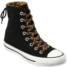 Sweet Leopard and Black Converse!