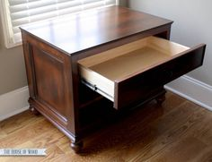 How to finish a DIY printer table with stain, glaze, toner, and polyurethane. In-depth step-by-step tutorial by Jen Woodhouse from The House of Wood. Retail Furniture, Printer Cabinet, Diy Furniture, Cabinet, Furniture Plans, Diy Cabinets, Wooden File Cabinet, Cabinet Plans, Furniture Design