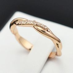 classical 18k Gold Plated Rhinestone Engagement Charm Finger Ring For Women