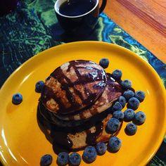 Dzień dobry Sobota  pożywne śniadanie i czas zabrać się za pierwsze przedświąteczne porządki  po południu przerwa na trening obwodowy  #dziendobry#sobota#saturday#weekend#goodmorning#sniadanie#sniadaniemistrzow#breakfast#breakfasttime#plackibananowe#bezglutenu#glutenfree#healthyfood#healthylife#healthylifestyle#zdrowejedzenie#zdrowystylzycia#zdroweodżywianie#foodporn#instalife#instafood#fitfreak#fit# by madzia1987xx