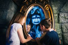 Mirror Mirror, on the wall! #Shrek Adventure London #attraction #visual effects