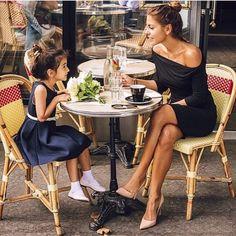 Mother-daughter bucket list   Paris   très chić