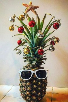 Pineapple Christmas Trees - The Most Popular Trends This Holiday Season, According To Pinterest - Photos