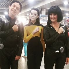 I love these guys! Please Tag them if you know them! They always make me so happy whenever I see them at Best Cosplay Ever, Star Trek Cosplay, Utah, Ruffle Blouse, Guys, My Love, Happy, Women, Fashion