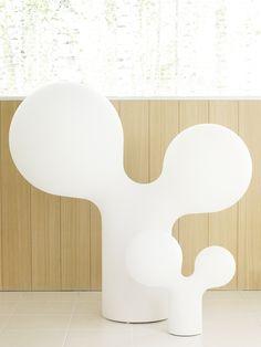 Tupla kupla XL -lattiavalaisin. Eero Aarnion suunnittelema klassikko valaisin. Light Table, Bubbles, Table Lamp, Lights, Living Room, Design, Finland, Maya, Home Decor