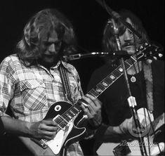 Don Felder & Joe Walsh #Eagles Eagles Band, Glenn Frey, Twist And Shout, Surf City, Neil Young, Classic Rock, Rock Music, The Beatles, Rock N Roll