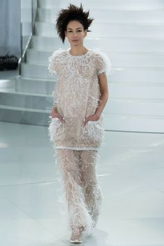 Chanel Spring 2014 Couture, modeled by Amanda Sanchez