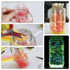 ¿Qué necesitas? •Un frasco de vidrio o tantos como vayas a hacer. •Tres palillos de pintura que brilla en la oscuridad (los encuentras en tiendas especiales) •Guantes de plástico para proteger las manos. •Tijeras •Tul