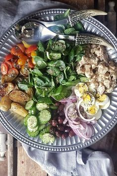 Nicoise salad is classic simple easy. It's super healthy. And, it comes alive with canned tuna. Wow your family and friends with this nicoise salad recipe!