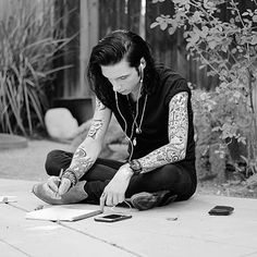 Andy Biersack (@andybvb) • Instagram photos and videos ❤ liked on Polyvore featuring andy biersack, bands and bvb
