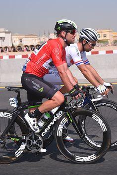 536ce0ae22b330 4th Tour Dubai 2017   Stage 2 Mark CAVENDISH Red Points Jersey  Adam BLYTHE