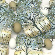 ANASTASIA--lampwork beads--Love this set.