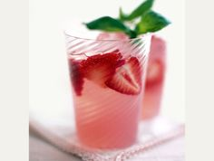 Vanilla strawberry lemonade cocktails:  *1 container Simply Lemonade  *1 cup Stoli vanilla vodka  *1 cup minced strawberries