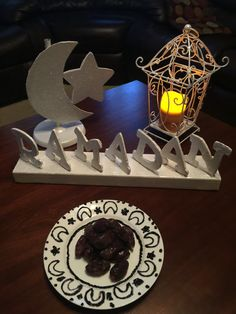 Muslim Holidays, Ramadan Crafts, Birthday Candles, Projects, Log Projects, Blue Prints