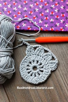Board with thread: Finnish granny square pattern in English - . : Board with thread: Finnish granny square pattern in English – Crochet Motif Patterns, Granny Square Crochet Pattern, Crochet Squares, Double Crochet, Crochet Stitches, Knitting Patterns, Free Doily Patterns, Crochet Crafts, Crochet Projects
