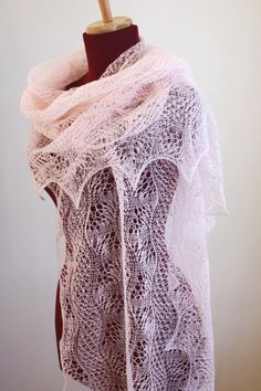 Knitted Lace Shawl, Dunes and Waves Pattern, PDF - Dentelle diy couture Knitted Shawls, Crochet Scarves, Crochet Shawl, Crochet Lace, Lace Shawls, Lace Knitting Patterns, Shawl Patterns, Design Textile, Diy Couture