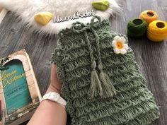 Knitted Baby Clothes, Modern Crochet, Fingerless Gloves, Baby Knitting, Arm Warmers, Fitness Inspiration, Model, Fashion, Backpack Purse
