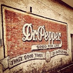 Vintage Sign #design #vintage #type Vintage Type, Vintage Ads, Vintage Signs, Vintage Advertisements, Advertising Signs, Hand Painted Signs, Wall Signs, Dr Pepper, Building Signs