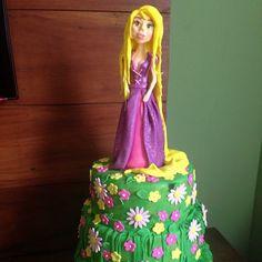 Rapunzel Cake Por Glacê encantado