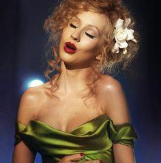 How To: Get Christina Aguilera's Makeup Looks In Burlesque – Makeup For Life