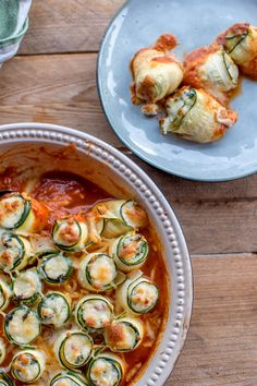 Zucchini cannelloni with ricotta and spinach filling: summer sweet food ahoy! ⋆ Crunchy room - Zucchini cannelloni with ricotta and spinach filling: summer sweet food ahoy! Healthy Eating Tips, Healthy Dinner Recipes, Healthy Lunches, Meal Recipes, Drink Recipes, Vegetarian Recipes, Clean Eating, Dessert Recipes, Cooking Recipes