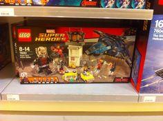 ToyzMag.com » Dispo en France : Lego Marvel Civil War, Marvel Select, et Batman v Superman