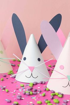 20 Fun Easter Crafts For Kids - Easter Art Projects for Toddlers and Preschoolers Toddler Art Projects, Toddler Crafts, Projects For Kids, Craft Projects, Diy And Crafts Sewing, Fun Crafts, Paper Crafts, Snowman Crafts, Crochet Crafts