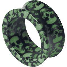 """#Tunnel """"Skull"""" di #Wildcat con teschi azzurri stampati su fondo scuro. Materiale: acrilico. Disponibile in diverse misure. Ø: 6, 8, 10, 12, 14, 16 mm."""