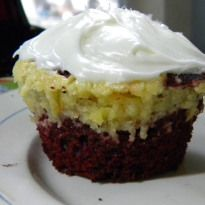 Red Velvet/Cheesecake Marbled Cupcakes -