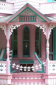 These colors, in more muted versions, are what I would love for my own home exterior! Victorian Cottage, Victorian Houses, Victorian Porch, Cute Cottage, Cottage Style, Cottage Porch, Cottage House, Casa Ideal, Little Houses