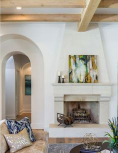 Mediterranean-inspired home meets Texas Hill Country modern - Healty fitness home cleaning Mediterranean Living Rooms, Mediterranean Style Homes, Texas Hill Country, Country Stil, Modern Country, Country Interior Design, Mansion Interior, Italian Home, Contemporary Home Decor