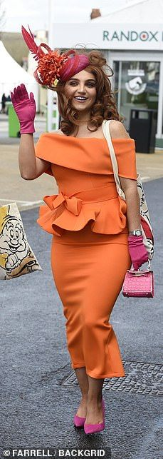 Aintree Festival 2019 Day Glamorous guests get out their best glad rags for Ladies Day Charlotte Hawkins, Uk Today, White Flip Flops, Bright Dress, Monochrome Outfit, Boucle Jacket, Royal Ascot, Blue Coats, Blue Cardigan