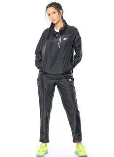 Nike 829723-010 W Nsw Trk Suit Wvn Oh,Black/White/White Beden 18456198 ürününü, 124,90 TL fiyatıyla online satın alın. Sezon indirimleri ve Kapıda Ödeme Avantajı Morhipo.com'da.